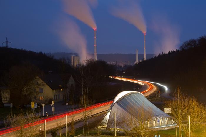 Eisbärbau_und_Deizisau_Kraftwerk_in_blauer_Stunde_5QWC1369 3